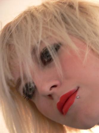 Lena Pony-Frisur kurz Foto 8