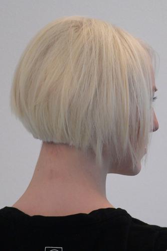 Lena, Frisur: Bob-Pagenkopf Foto 10