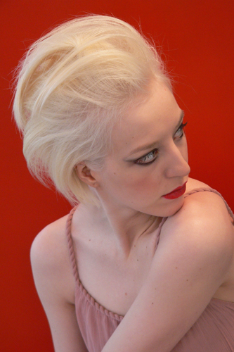 Lena, Frisur: Bob-Pagenkopf Foto 8