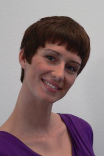 Anna, Kurzhaarschnitt Frauen Foto 2