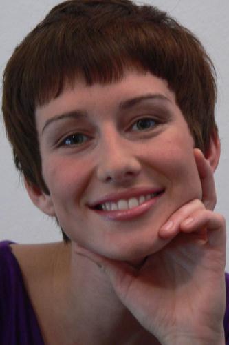 Anna, Kurzhaarschnitt Frauen Foto 4