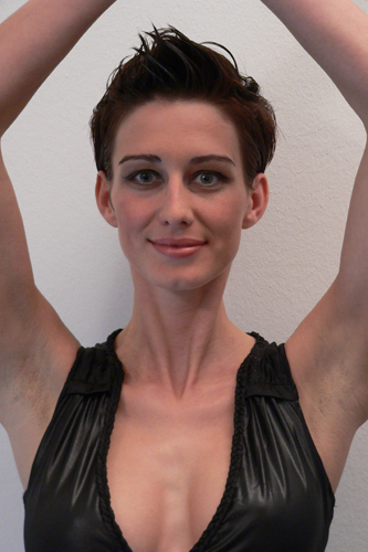 Anna, Kurzhaarschnitt Frauen Foto 7