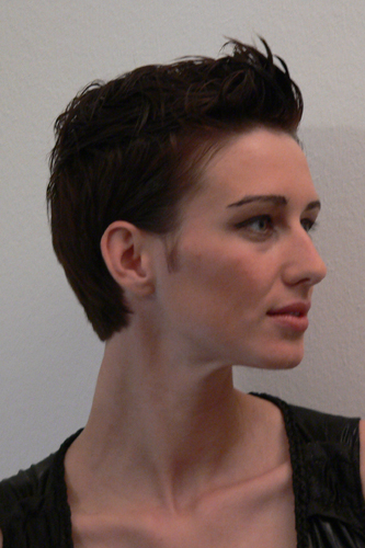 Anna, Kurzhaarschnitt Frauen Foto 8
