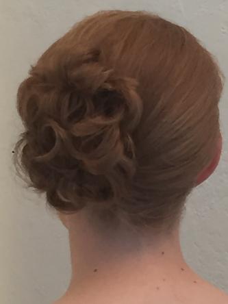 Hochsteck-Frisur