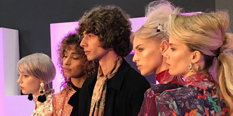 Frisuren Trends: Fotos und Videos vom Salon International in London