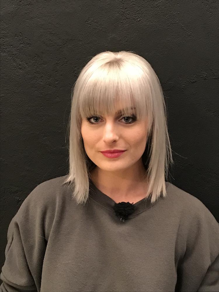 Foto 1 Unsere Kandidatin Laura nach Hairstyling und Make-Up